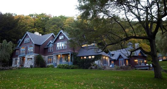 Stonover Farm Bed and Breakfast: Main House