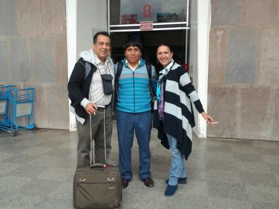 Machu Travel Peru Day Tours: Despedida en el aeropuerto de Cusco