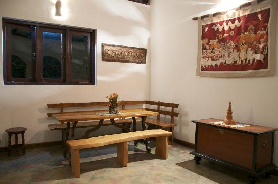 Cinnamon Village : The Dining Room