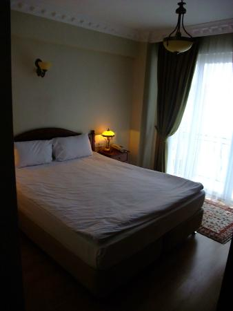 Basileus Otel: Insanely Clean Rooms!
