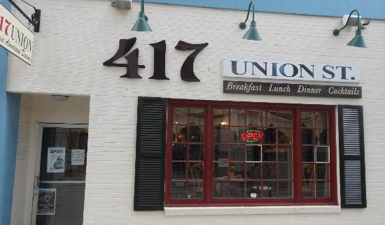 417 Union: Facade