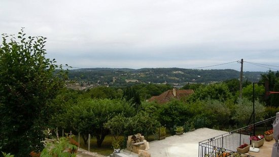 Hotel Le Mas del Pechs: View from Grounds onto Sarlat