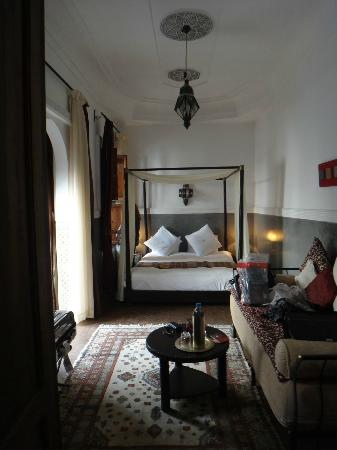Riad le Clos des Arts: Suite Amethyste in daylight