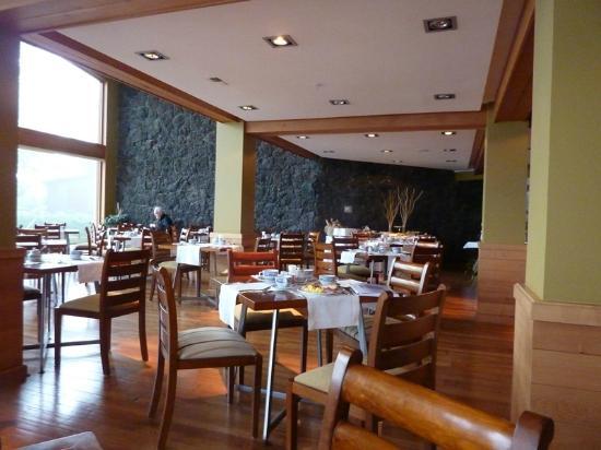 Hotel Cumbres Puerto Varas: comedor
