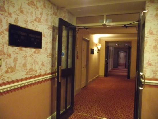 The Imperial Hotel: Corridor from the lift area 3rd floor