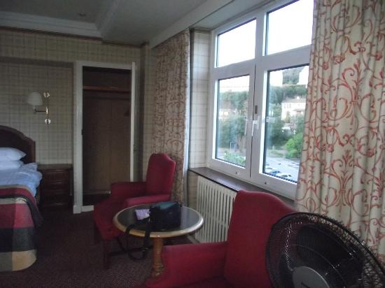 The Imperial Torquay: other window view
