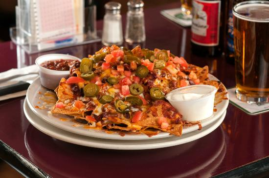 Dockside Restaurant: Dockside Nachos with Chili