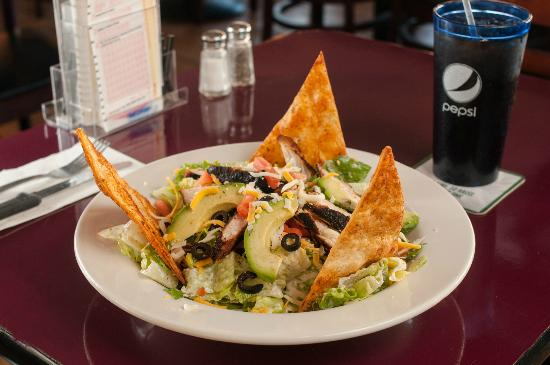 Dockside Restaurant: Mexican Chicken Caesar Salad