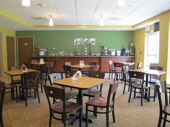 Sleep Inn & Suites: Breakfast Space