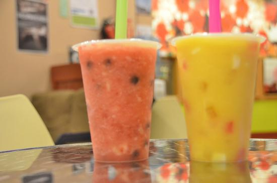 WOW Bubble Tea: Fruit blended smoothie