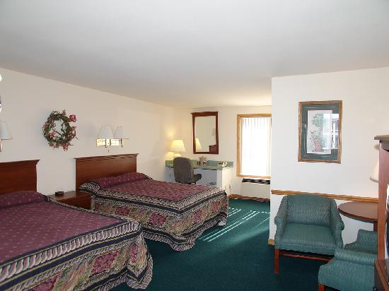 Forty Winks Inn: two queen beds