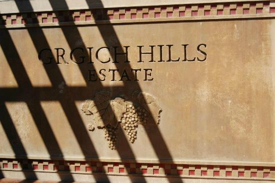 Napa Valley Wine Country Tours: Grgich Hills Estates