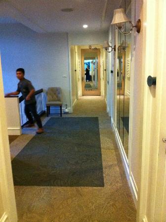 Aphrodite Inn: hotel