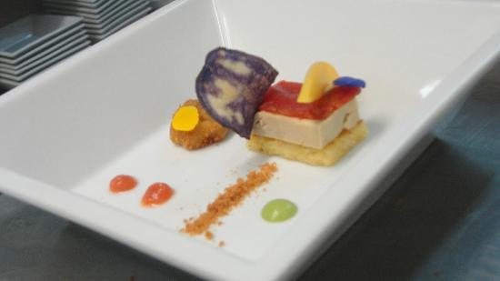 MON RESTAURANT: Foie curado en sal, maiz y guayaba...