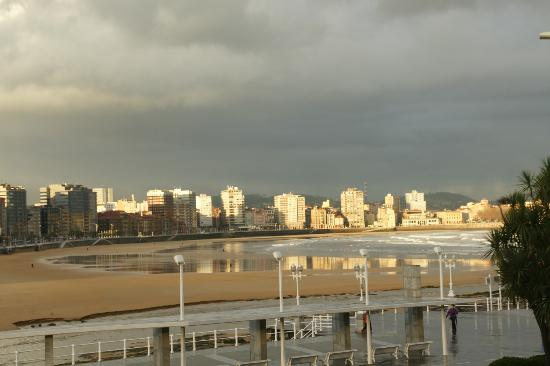 Abba Playa Gijon: vistas desde habitación