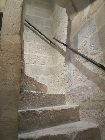 La Paloma: escalier en vielles pierres