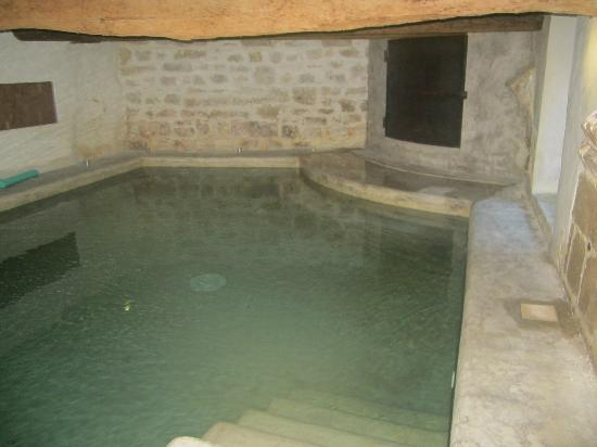 La Paloma : bain romain chauffé sous les voutes