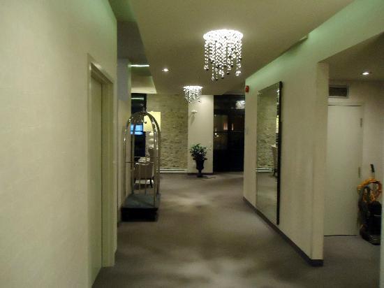 L'Hotel Port-Royal : more lobby