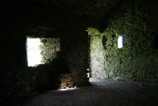 Lamphey Bishop's Palace: Kellerraum