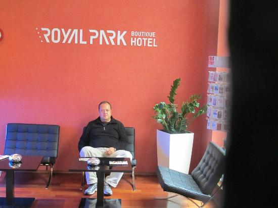 Royal Park Boutique Hotel: Lobi çok rahat