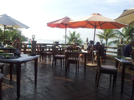 Chen Sea Resort & Spa Phu Quoc: A lovely spot for breakfast