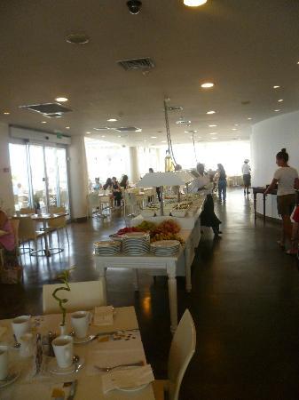 كارلتون تل أبيب: breakfast 