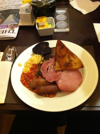 Hilton Glasgow: breakfast