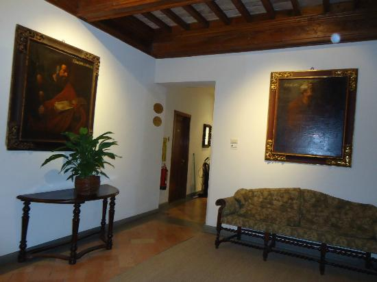 Hotel Tiferno: ambienti comuni esterni alle camere