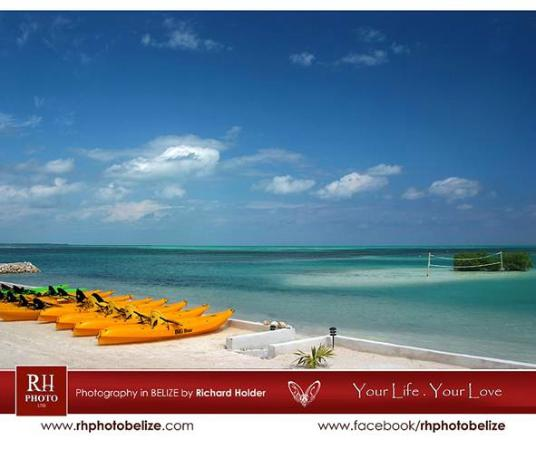 Royal Palm Island Resort: kayaking