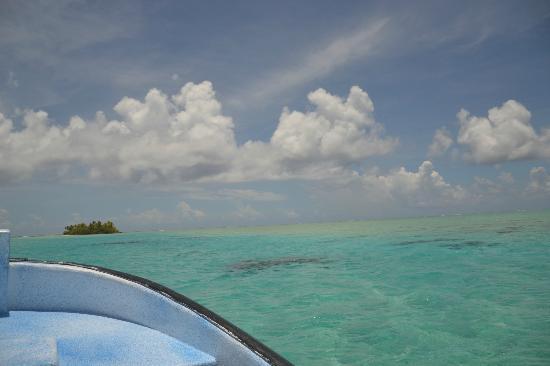 Pension Vaiama Village: Excursion au sud de l'atoll: les Sables Roses