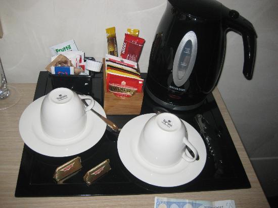 Residenza Castelli: Occorrente per prima colazione o break fantastico