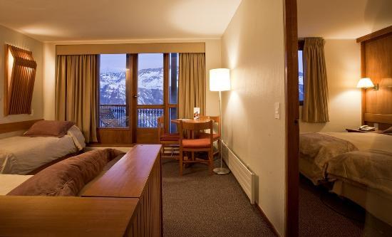 Puerta del sol hotel valle nevado chile opiniones y for Resort puertas del sol precios