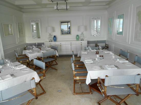 YCCS - Yacht Club Costa Smeralda: Formal dining area