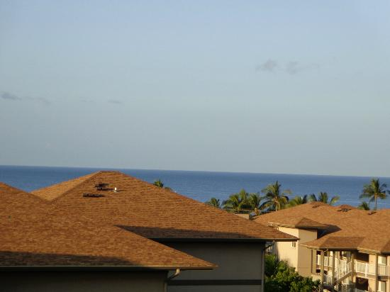 Maui Coast Hotel: View from Room 757