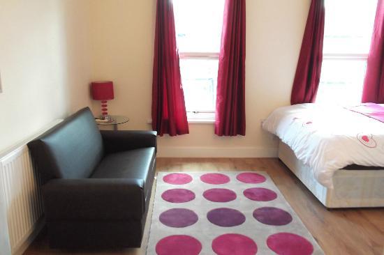 Apples Inn: Room