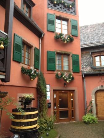 Hotel Winzenberg: cour intérieure de l hotel