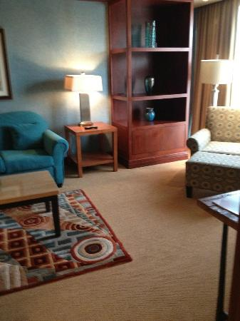 Mount Airy Casino Resort: Living Room Are