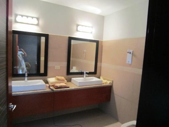 The Haven and Spa: double sinks in bathroom