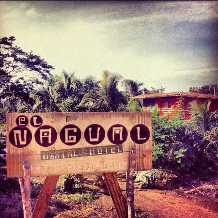 Hostal El Nagual: Us / Nosotros