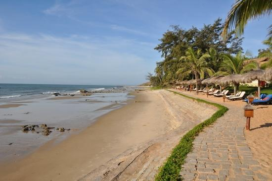 Victoria Phan Thiet Beach Resort Spa Strand