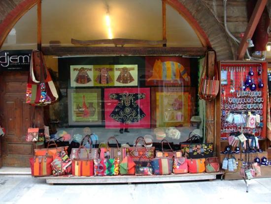 Arasta Bazaar - Picture of Arasta Bazaar, Istanbul ...