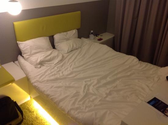 Ibis Styles Aachen City : le lit