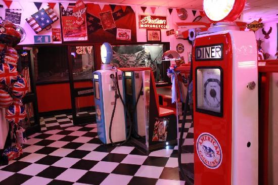 Rockwell's Diner: Entrance
