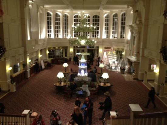 Disneyland Hotel: Disneyland hôtel hall