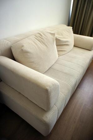 Park Plaza Orchid Tel Aviv: Comfy sofa