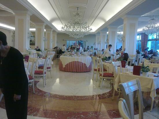 Hotel All'Alba: sala ristorante