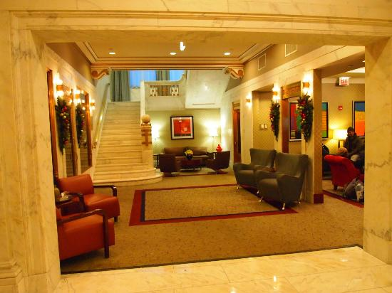 Club Quarters Hotel, Wacker at Michigan : lobby