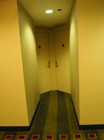 Club Quarters Hotel, Wacker at Michigan: door to club size room