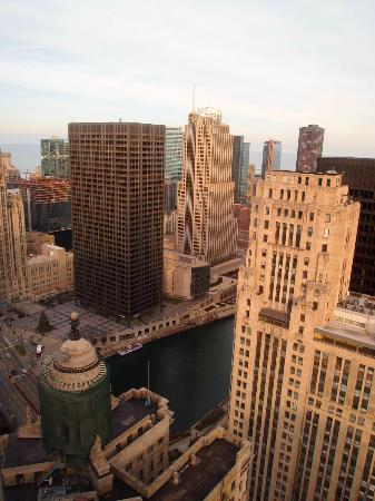 Club Quarters Hotel, Wacker at Michigan : view