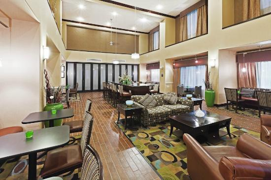 Hampton Inn & Suites Dumas: breakfast area